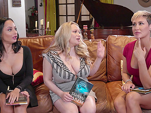 Lesbian MILF threesome with Ryan Keely and her friends