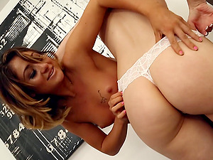Showing porn images for ciara bravo porn