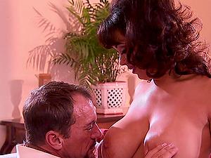 BUxom MILF babe Sienna West sucks and rides a fat hard cock