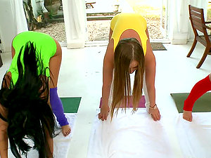 Three horny honies having girl/girl hookup at the yoga session