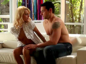 Hot Gonzo Bang-out With Sensuous Blonde