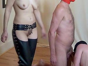 german femdom fetish slave in latex