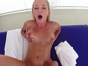 Would you like to give Naomi a massage with happy ending?