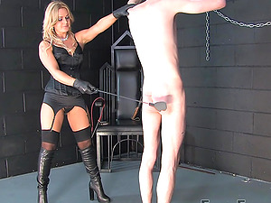 Skinny dude gets used as a slave by amazing Mistress Athena