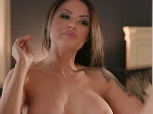 Kaylani Lei puts a finger on her clit during a sex for the best ograsm