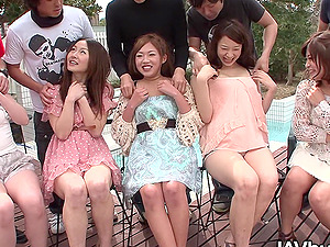 Japanese orgy with five sexy ladies