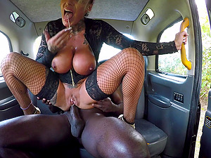 Brooke Jameson enjoys hard sex with a black stranger in the taxi