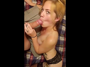Super hot blonde get down and gives an perfect blowjob until she satisfied