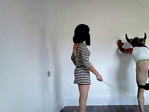 Mistress Martina ( Madrid ) prefers real painful and humiliation punishments.