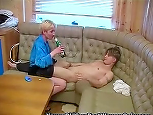 Russian Cougar With Small Boobs Fuck Drunk Young Man