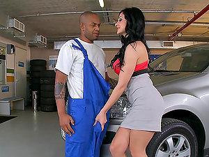 Leave behind the car, repair my labia instead!