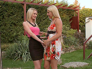 Antonya and Brandy Smile eat and finger each other's vags