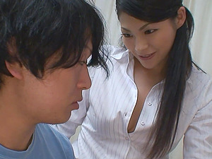 Sexy Japanese adores feeling of sex toys in her unshaved pussy