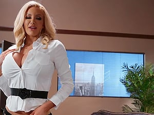 Nicolette Shea gives a blowjob before she jumped on a friend's penis