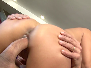 Skylar Vox adores when her lover cum on her face and mouth after sex