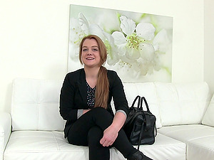 Curvy babe with a large ass gets fucked on her job interview