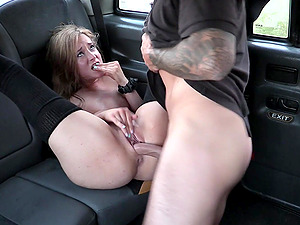 Blonde chick Khaya Peake invites a taxi driver for some fun