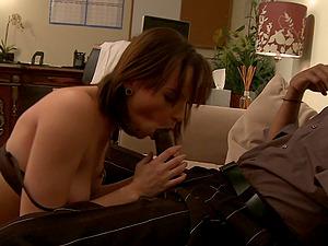 Amateur wife Dana Dearmond gets her first massive black dick