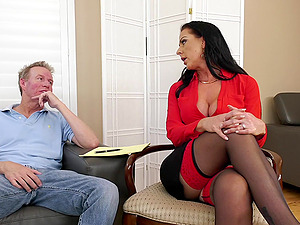 Texas Patti loves to be fucked in her ass and eats all the cum