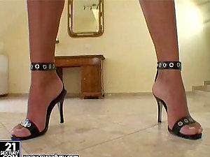 Insanely hot brown-haired in black sundress fucktoys herself on the floor