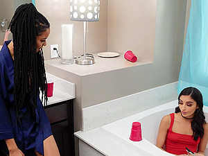 Classy Emily Willis and Kira Noir eating pussy in the shower