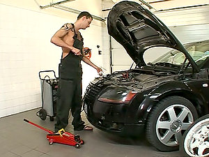 Sultry Christina Bella gets fucked by aт auto mechanic