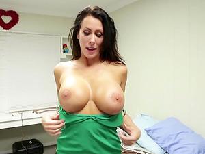 Big juggs brunette roks on her knees to make you ejaculate
