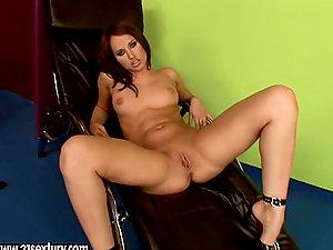 Nasty Aleska Diamond thumbs her shaven labia