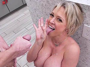 Married muff Dee Williams rides her younger neighbor's prick