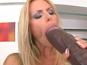 I like to have my mouth loaded with a black faux-cock