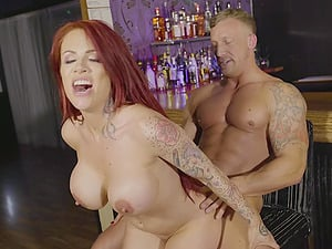 Shi Official & Jennifer Keelings fucked together in a group sex