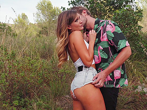 Erotic outdoors fucking with hot ass pornstar Honour May. HD