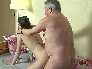 Old perv gets lucky and sticks his dick in wet pussy of Nana Garnet