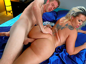 Only the best porn videos with pornstars having outdoors sex