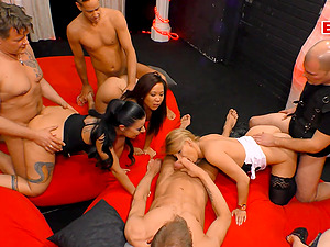 German mass groupsex swinger party