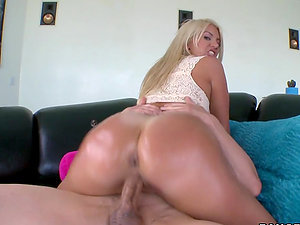 Blonde mummy fucktoys her snatch and gets it drilled in cowgirl position