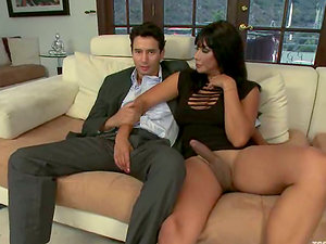 Cherry Ripped gets fucked by sexy brown-haired shemale Mia Isabella