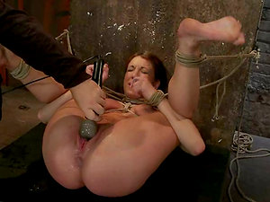 Restrain bondage, twisting and handballing are what Amy loves