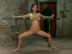 Subjugated gets tied up and gasped with ropes