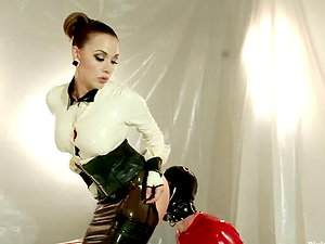 Black-haired Mistress Chanel Preston Pegging Dude's Bootie in Female dominance Vid