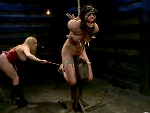 Bobbi Starr is under the Sadism & masochism passion of Aiden Starr