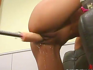 Exotic hun Lyla Lei gets her Asian cunt drilled by a robot
