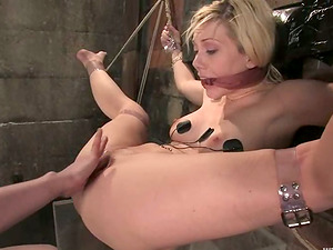 Blonde chick licks a vagina and gets toyed by her mistress