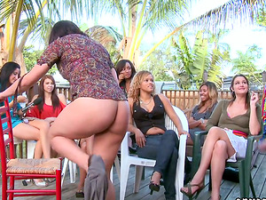 CFNM Outdoors Soiree with Women Observing Their Friends Sucking Hard-on