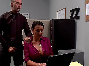 Perverted Chief Having Joy with Mariah Milano's Big Titties and Clean-shaved Snatch