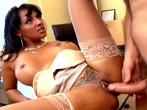 Whorey Loona Lux gets fucked by a plumber in an office